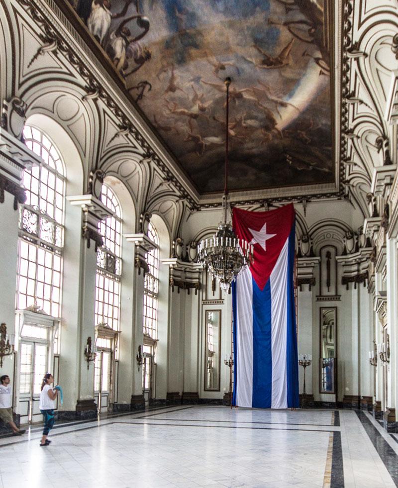 Spiegelsaal Museo de la Revolucion