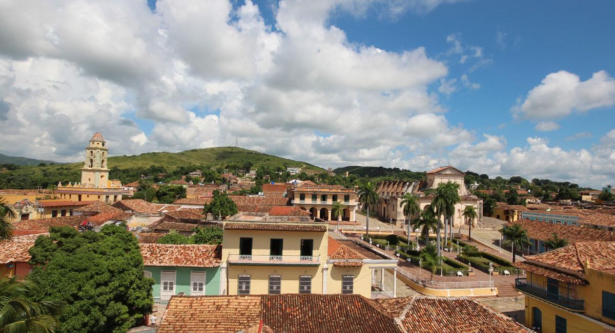 trinidad-plaza-mayor-klosterturm