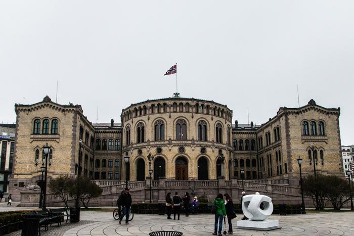 Norwegen: Parlament in Oslo