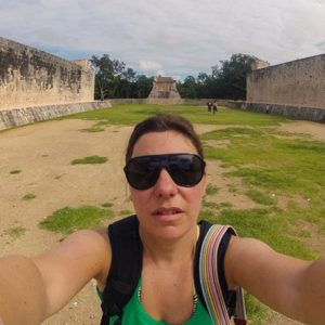 Ballcourt Chichen Itza 3