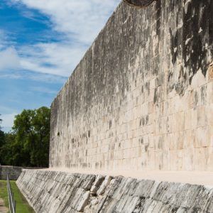 Ballcourt Chichen Itza 4