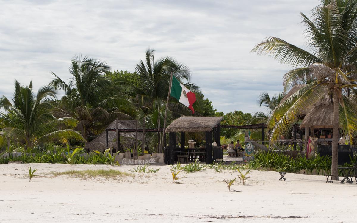 strand-tulum-mexiko-bars