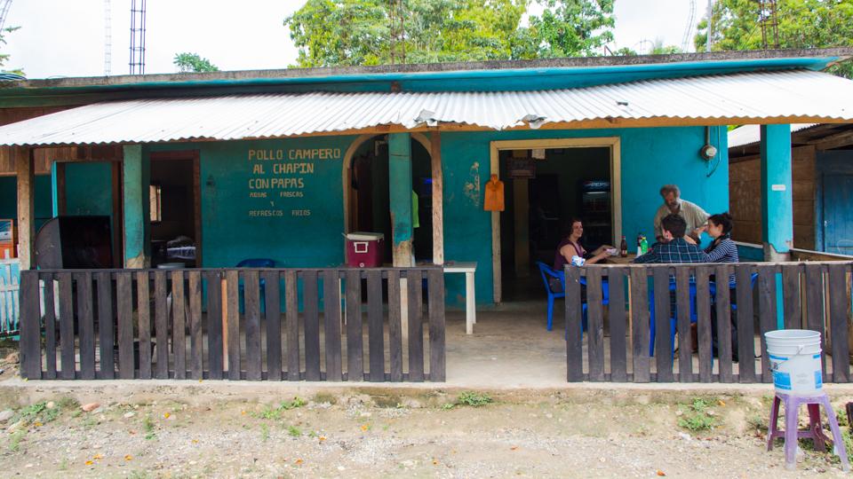 Mittagessen in Frontera Corozal