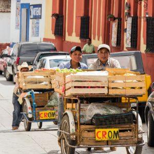 Fleißige Verkäufter in San Cristobal de las Casas
