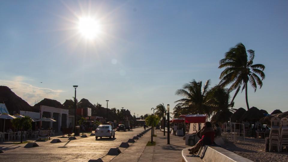 Strandpromenade in Puerto Progreso