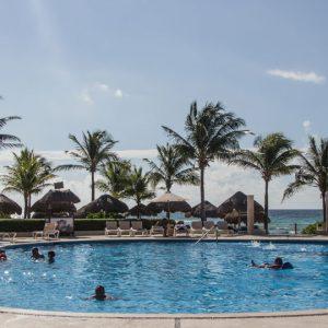 Hotel Catalonia Riviera Maya einer der Pools