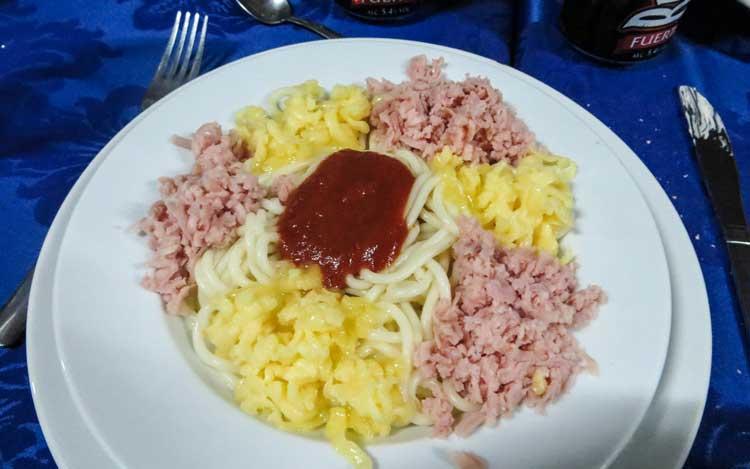 Kuba Reisetipps: Spaghetti in Kuba. Oft nur Nudeln mit Ketchup