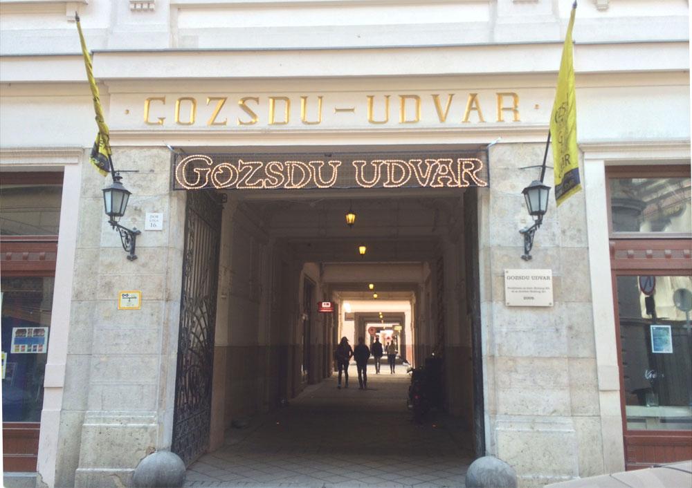 Sehenswürdigkeiten Budapest Tipps Gozsdu Höfe