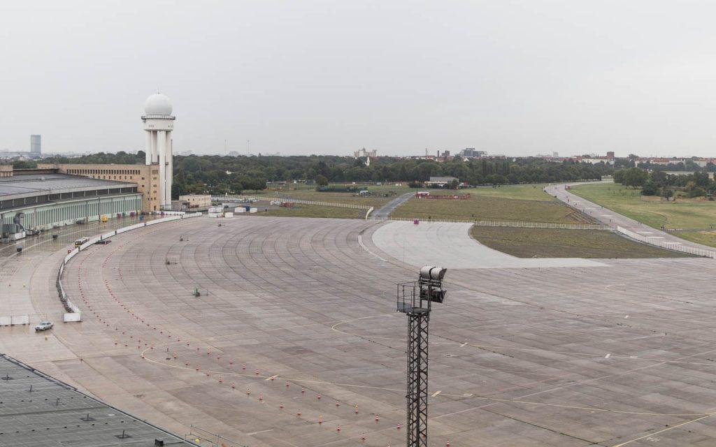Berlin Insider Tipps Flughafen Tempelhof Dach