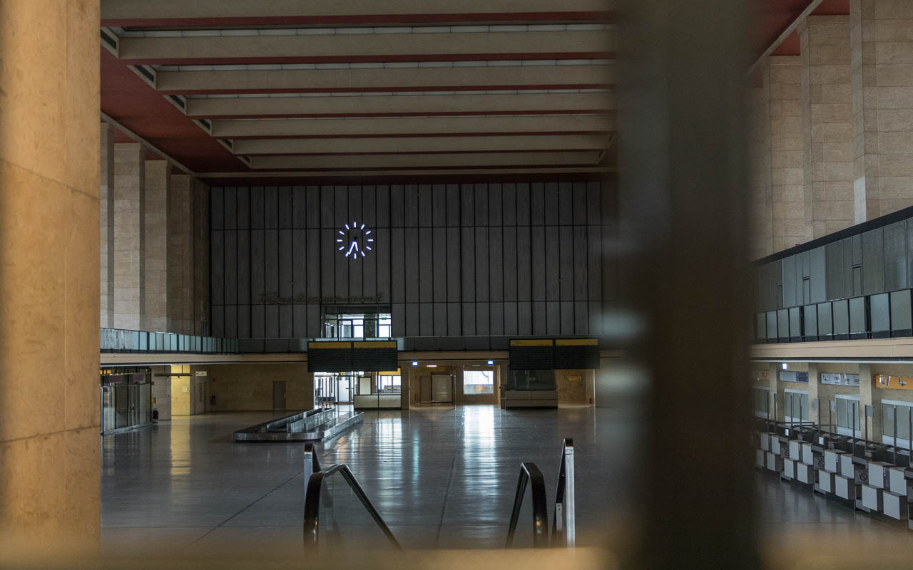 Berlin Tipps Flughafen Tempelhof Haupteingang