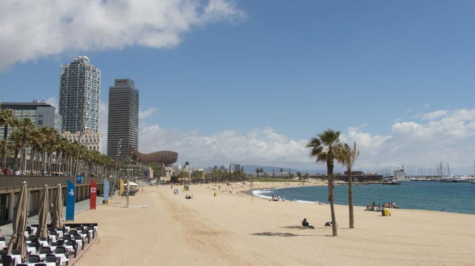 barcelona-strand-artshotel