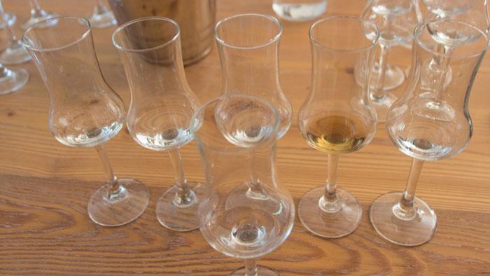 Ein Schnaps kommt selten allein...alle leer getrunken.