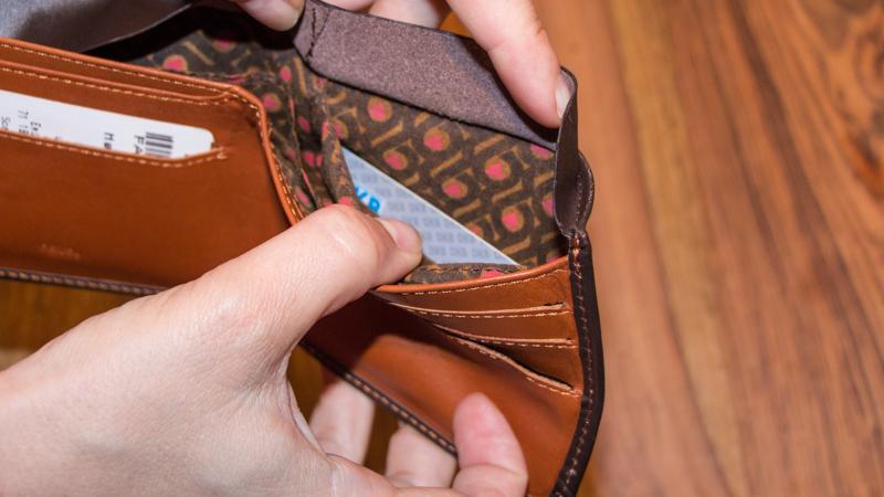 Geldversteck Geldbörse mit Geheimfach