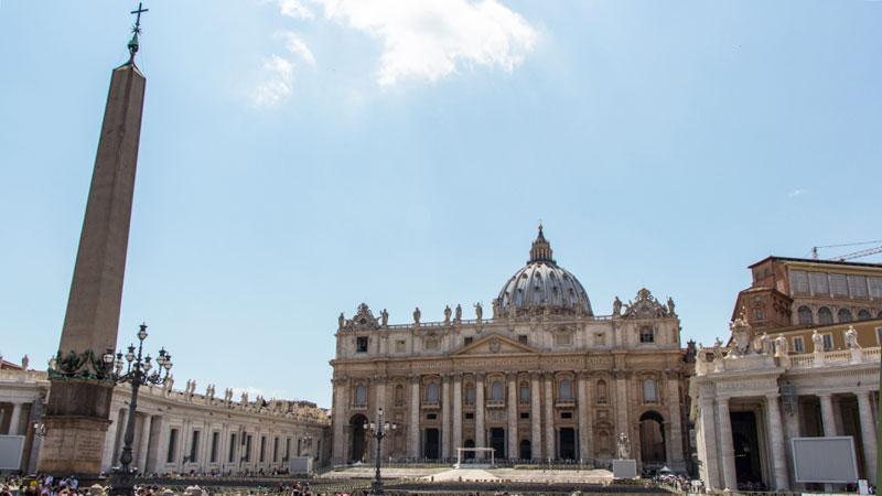 petersplatz-rom-vatican