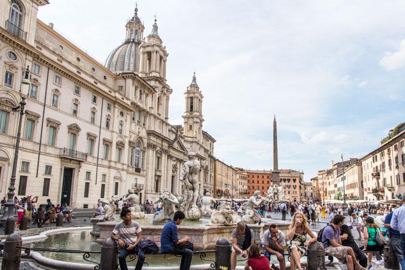 rom-piazza-navona-illuminati