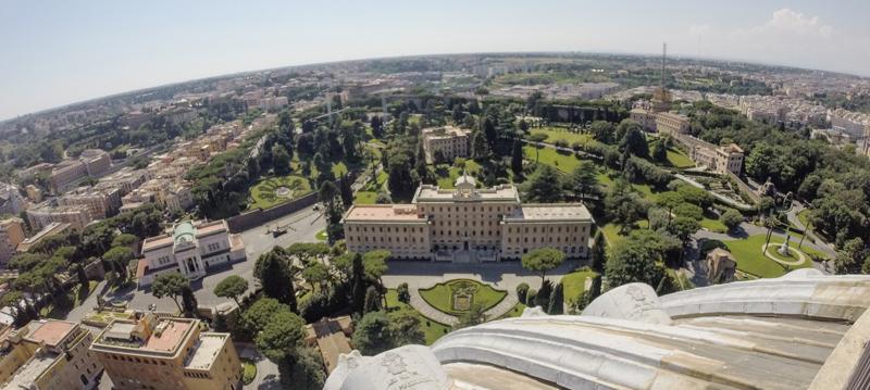 vatikanische Gärten vom Dach des Petersdom