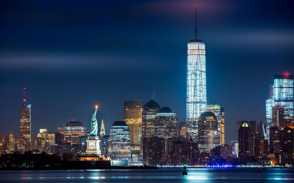 New York Sehenswürdigkeiten Skyline bei Nacht