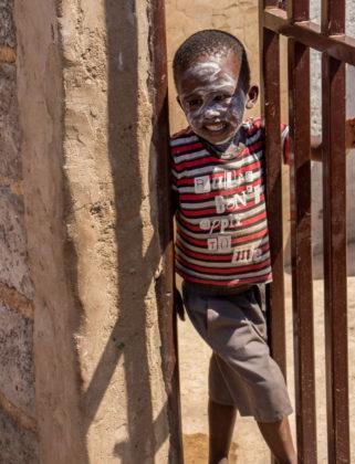 Soweto Township Kind Südafrika Sehenswürdigkeiten
