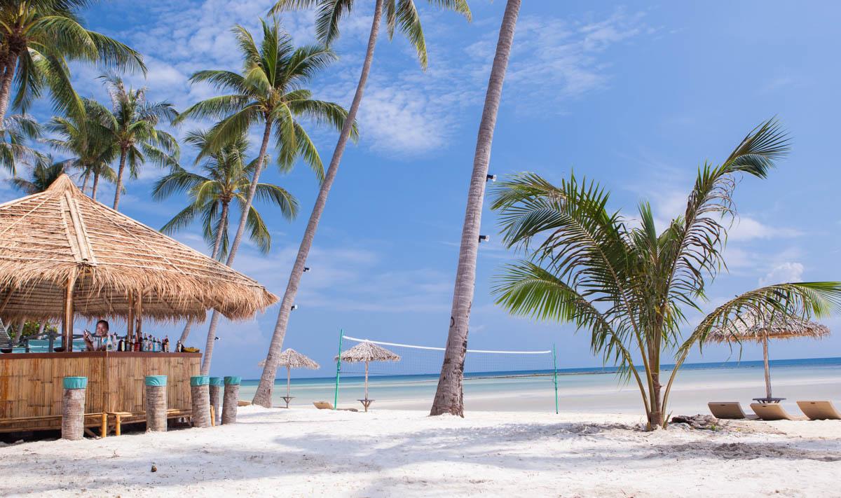 beach-samui-beachvillage-bar