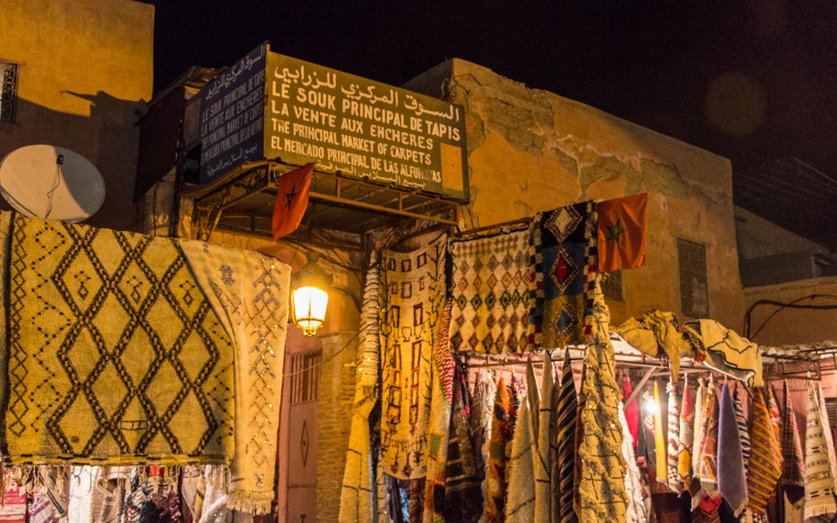 Djemaa el-Fna, das Herz von Marrakesch und Nordafrikas bekanntester Platz 14