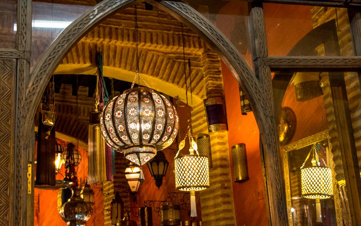 Djemaa el-Fna, das Herz von Marrakesch und Nordafrikas bekanntester Platz 1