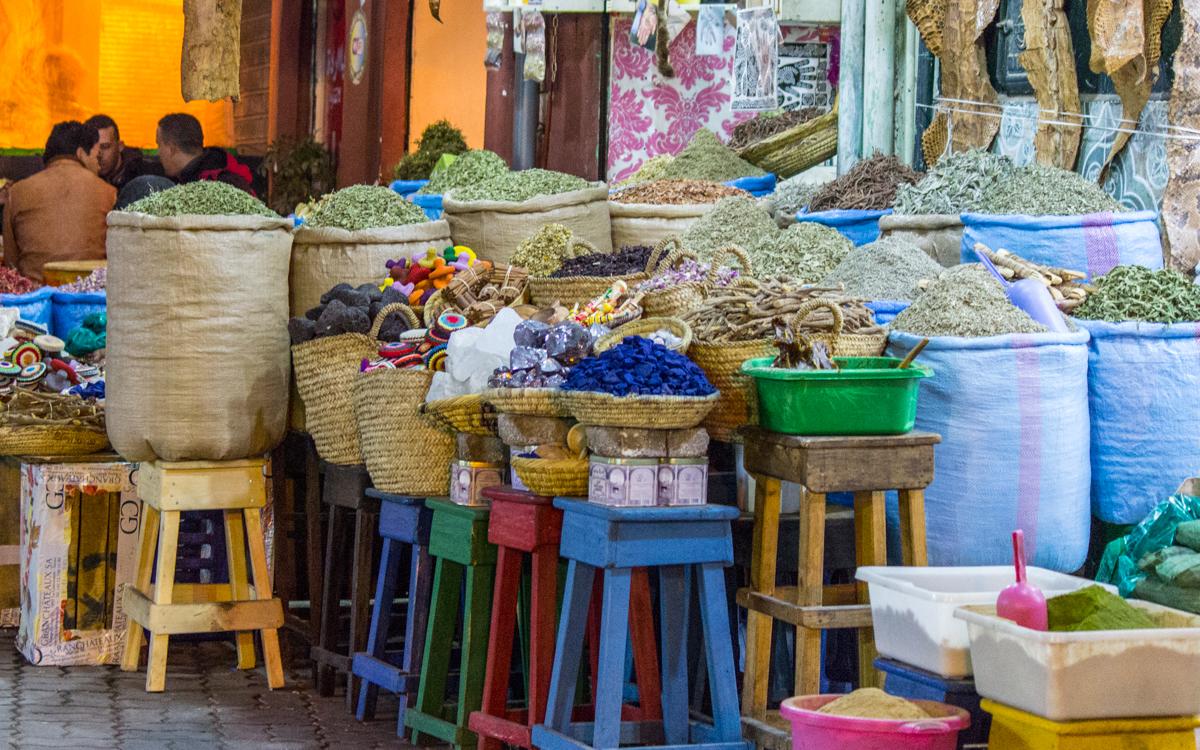 Djemaa el-Fna, das Herz von Marrakesch und Nordafrikas bekanntester Platz 16