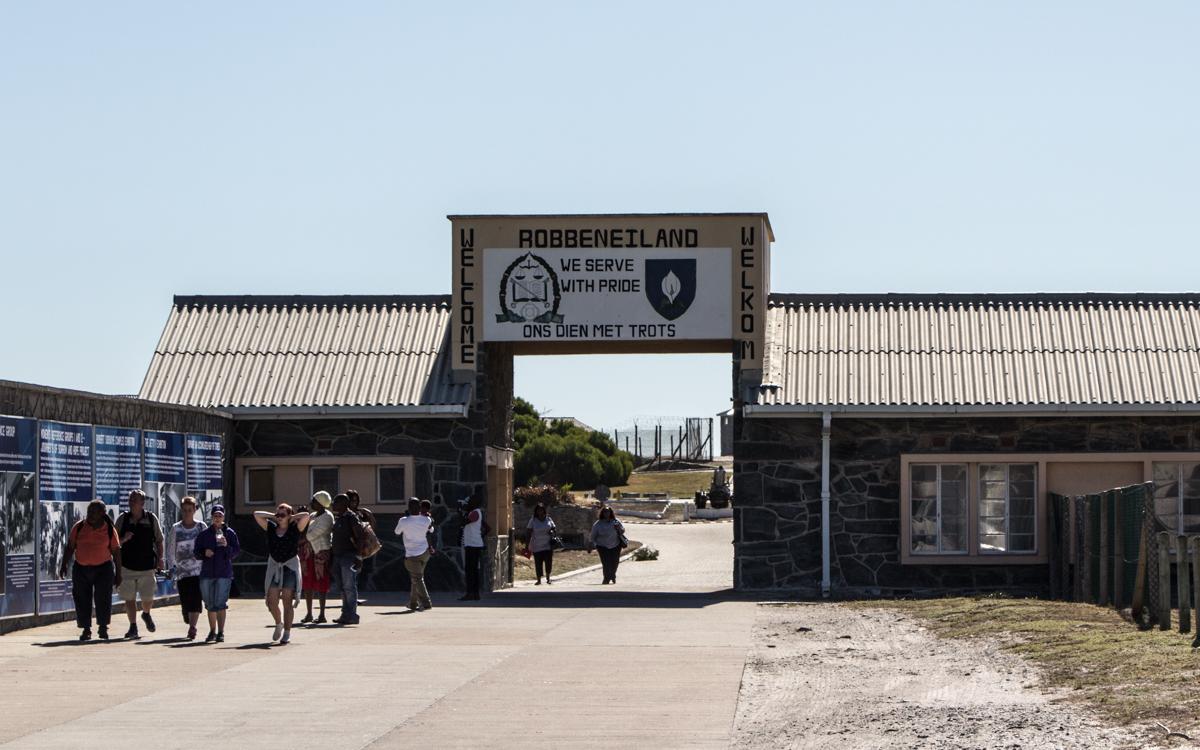 Robben Island Tour: Der Eingang zum Gefängnis