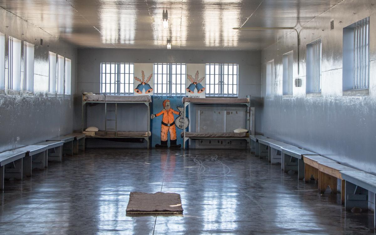Robben Island Tour: Große Gefängniszelle