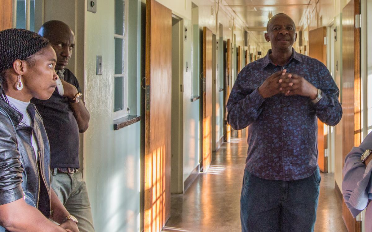 Robben Island Tour ehemaliger Insasse erzählt