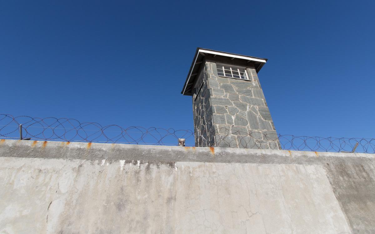Robben Island Tour: Wachturm am Gefängnis