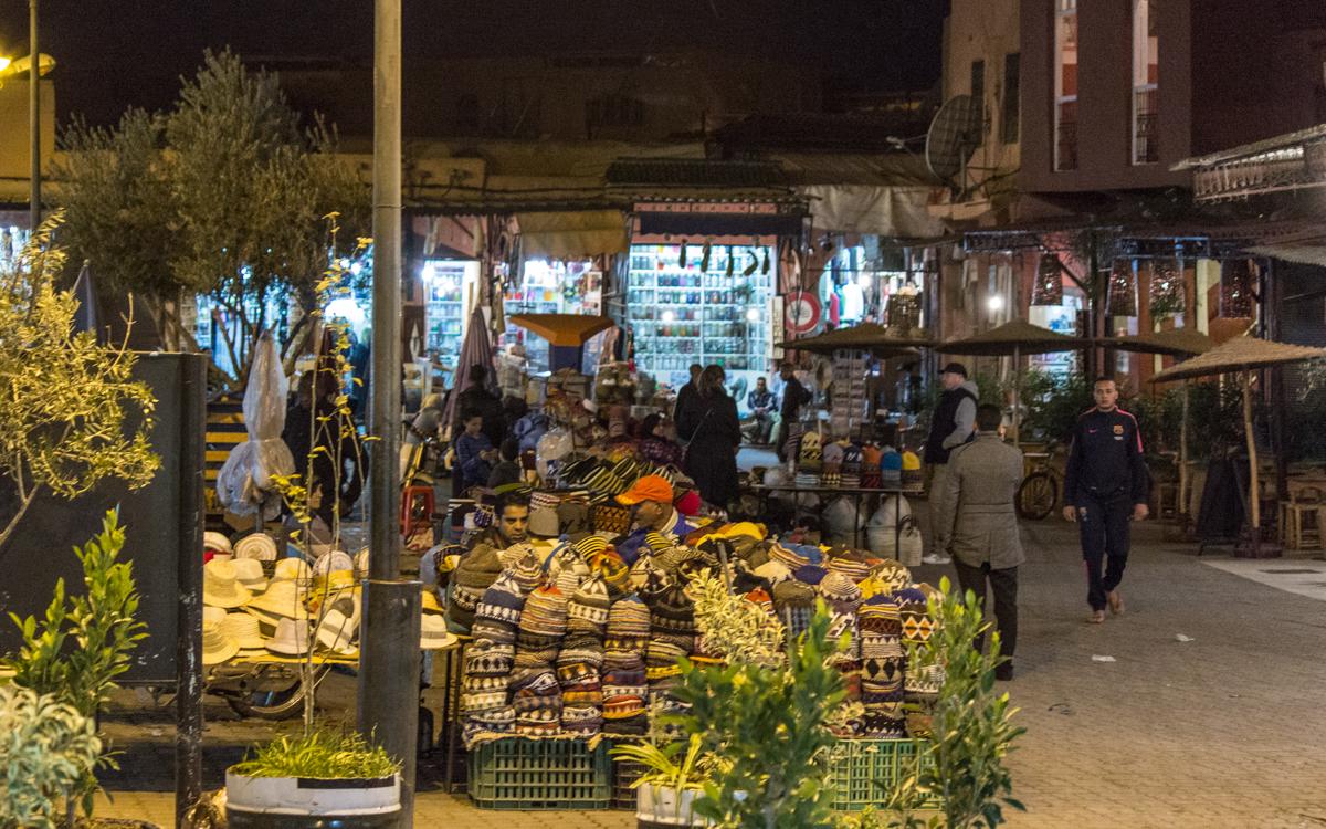 Djemaa el-Fna, das Herz von Marrakesch und Nordafrikas bekanntester Platz 18