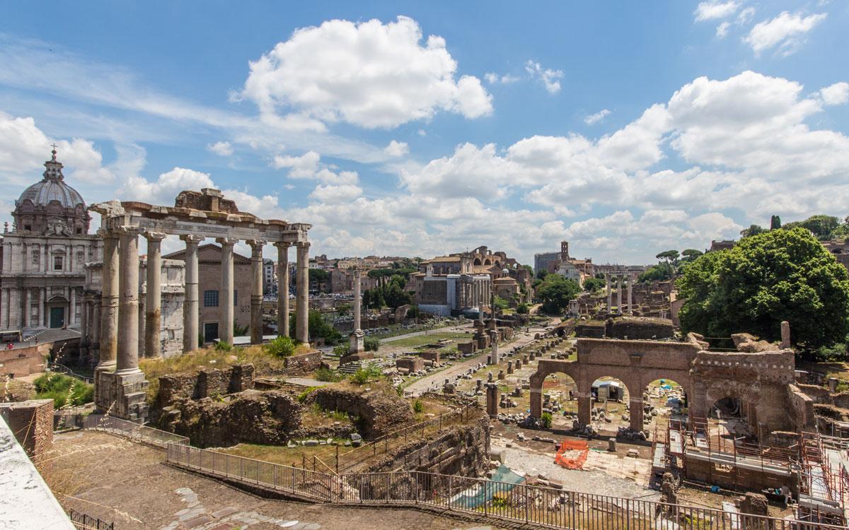 Blick Kapitolhügel auf Forum Romanum