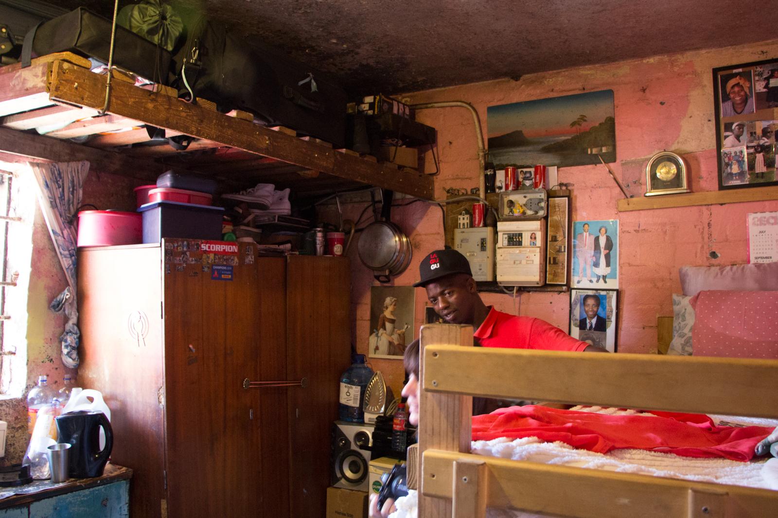 Kapstadt Sehenswürdigkeiten Langa Township Schlafzimmer