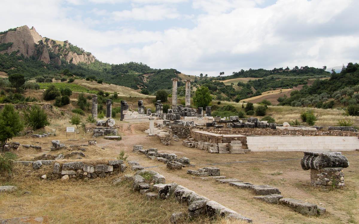 sardes-artemis-tempel-gelaende