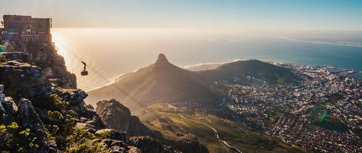 Tafelberg vor Sonnenuntergang