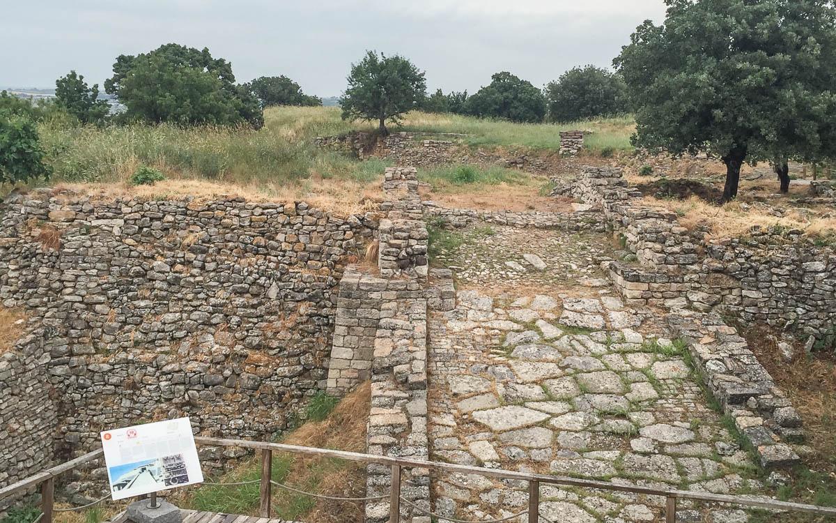 Rampe Eingang Troja