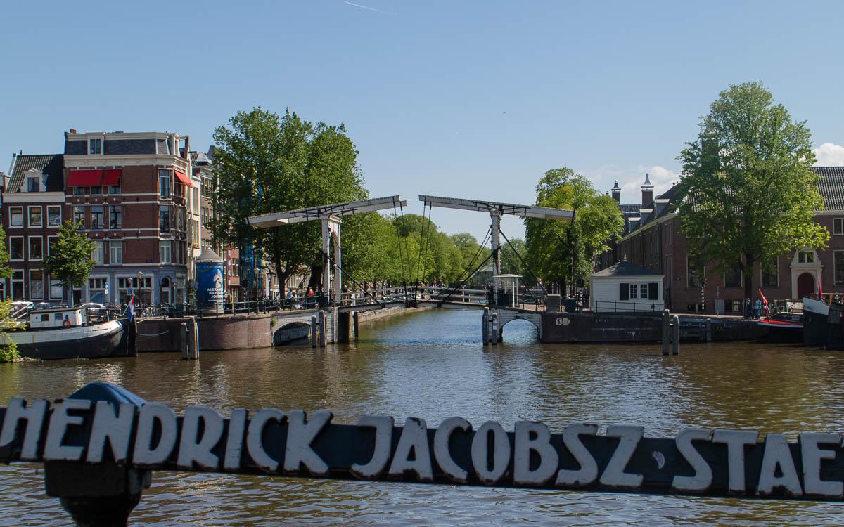 Amsterdam Reisetipps Grachtenfahrt in Amsterdam