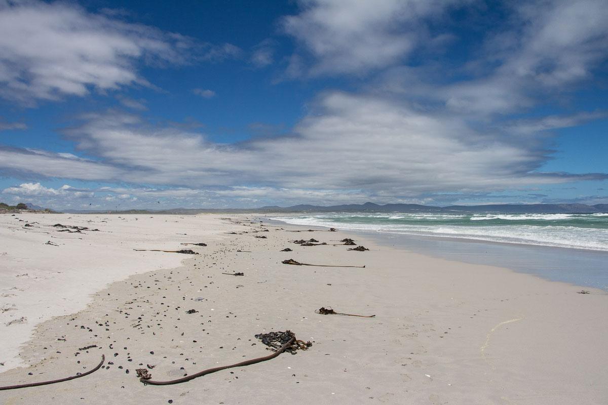 Kilometerlanger Grotto Beach Hermanus Garden Route Südafrika