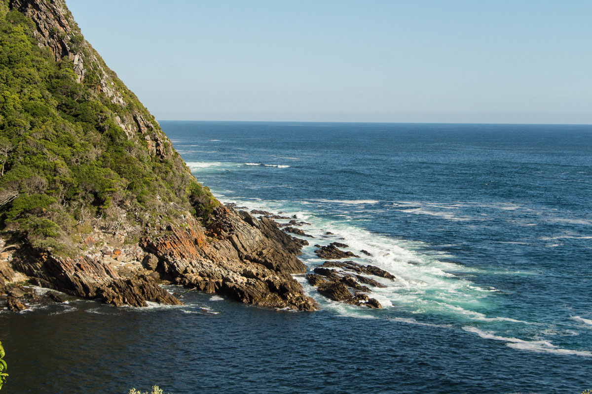 tsitsikamma-nationalpark-storms-mouth-cliff