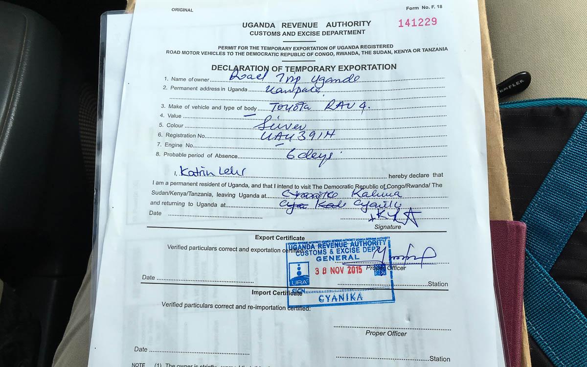 grenze-uganda-ruanda-cyanika-auto-verzollen