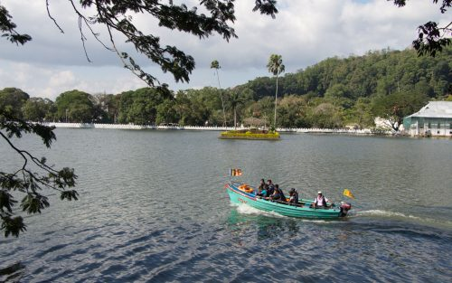 kandy-lake-5