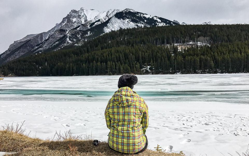 Johnson Lake zugefroren im Winter - wunderschön