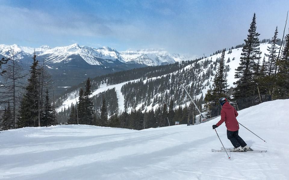 lake-louise-skifahren-susi