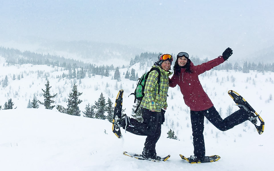 Susi und ich beim Schneeschuhwandern in Sunshine Village (Banff)