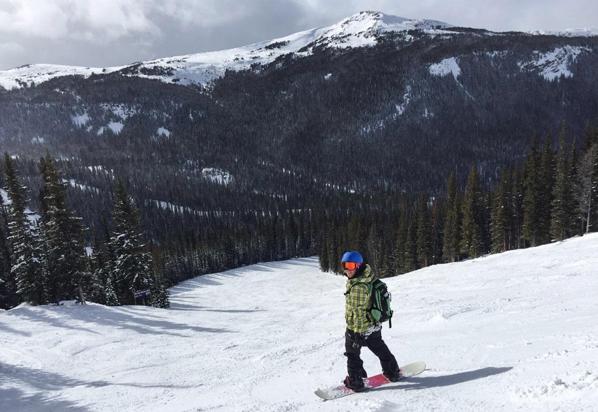 Kanada Rocky Mountains leere Skipisten
