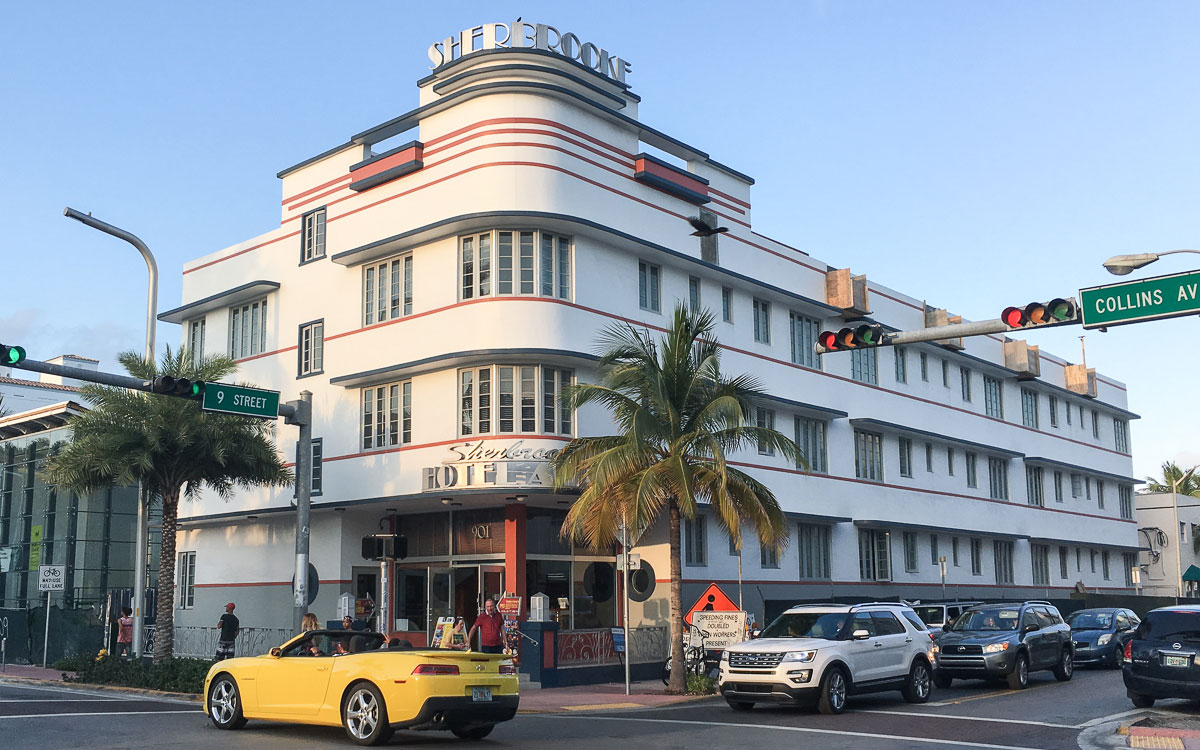 Art Deco Sherbrooke Hotel in Miami Beach