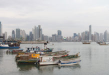 panama-city-skyline-schiffe