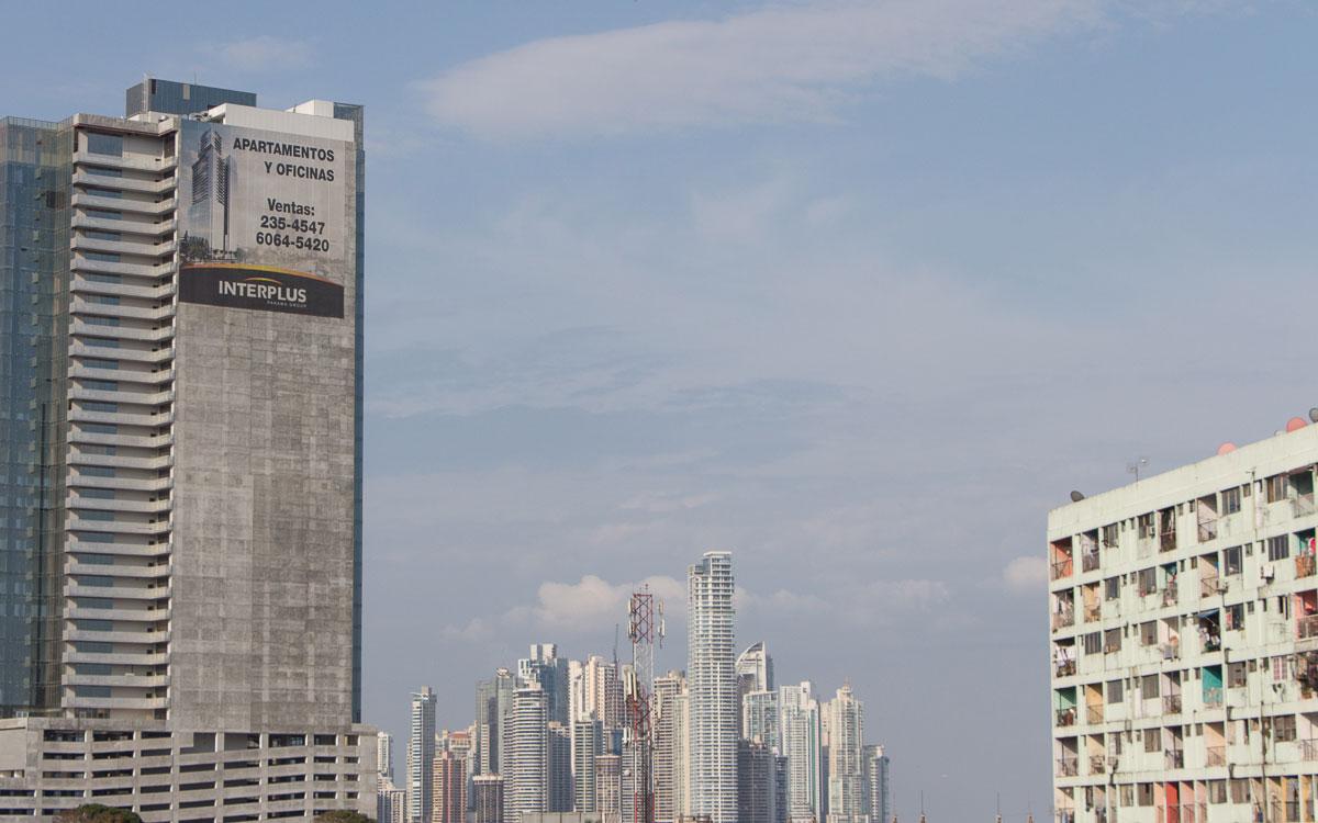 Panama Sehenswürdigkeiten Panama Stadt Slum meets Finanzsektor
