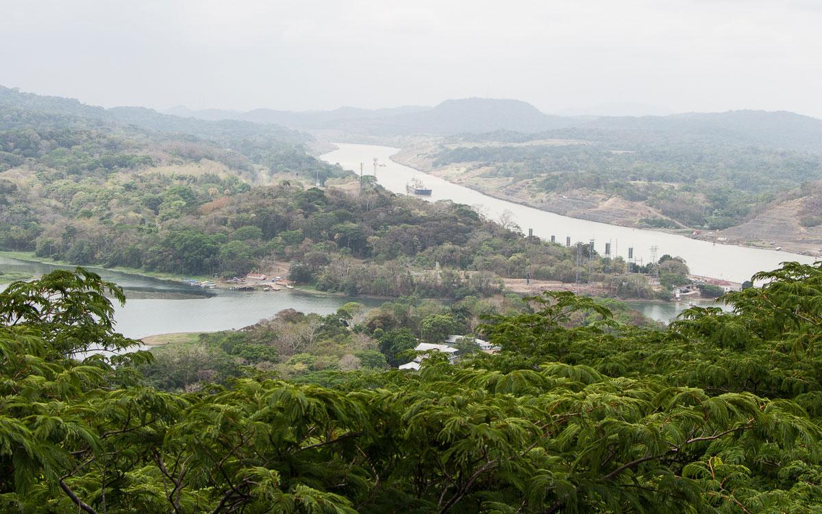 Panama Sehenswürdigkeiten Rio Charges Mündung Panamakanal