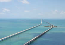 Seven Mile Bridge vom Helikopter